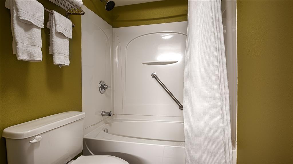 Best Western Plus Gen X Inn - Badezimmer
