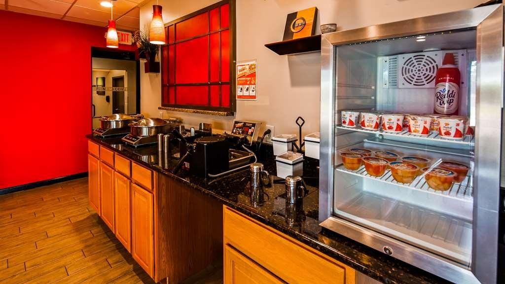 Best Western Plus Gen X Inn - Ristorante / Strutture gastronomiche
