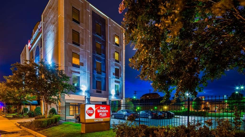 Best Western Plus Gen X Inn - Facciata dell'albergo