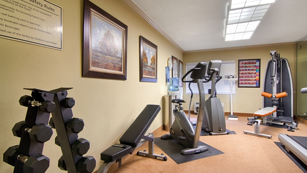 Best Western Plus Morristown Conference Center Hotel - sala de ejercicios