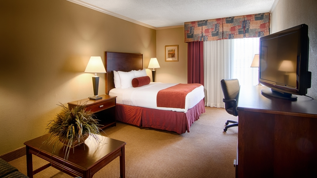 Best Western Plus Morristown Conference Center Hotel - Our business queen rooms feature a sleeper sofa, work desk and chair, and microwave and mini refrigerator.