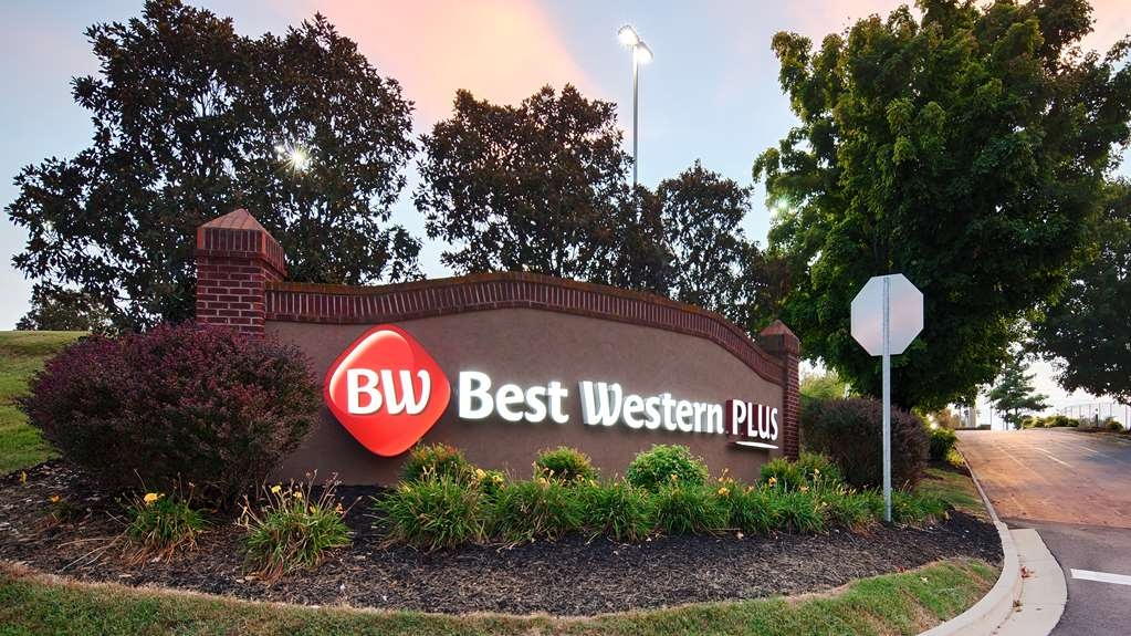 Best Western Plus Morristown Conference Center Hotel - Begin your stay in Morristown at the Best Western Plus Hotel.