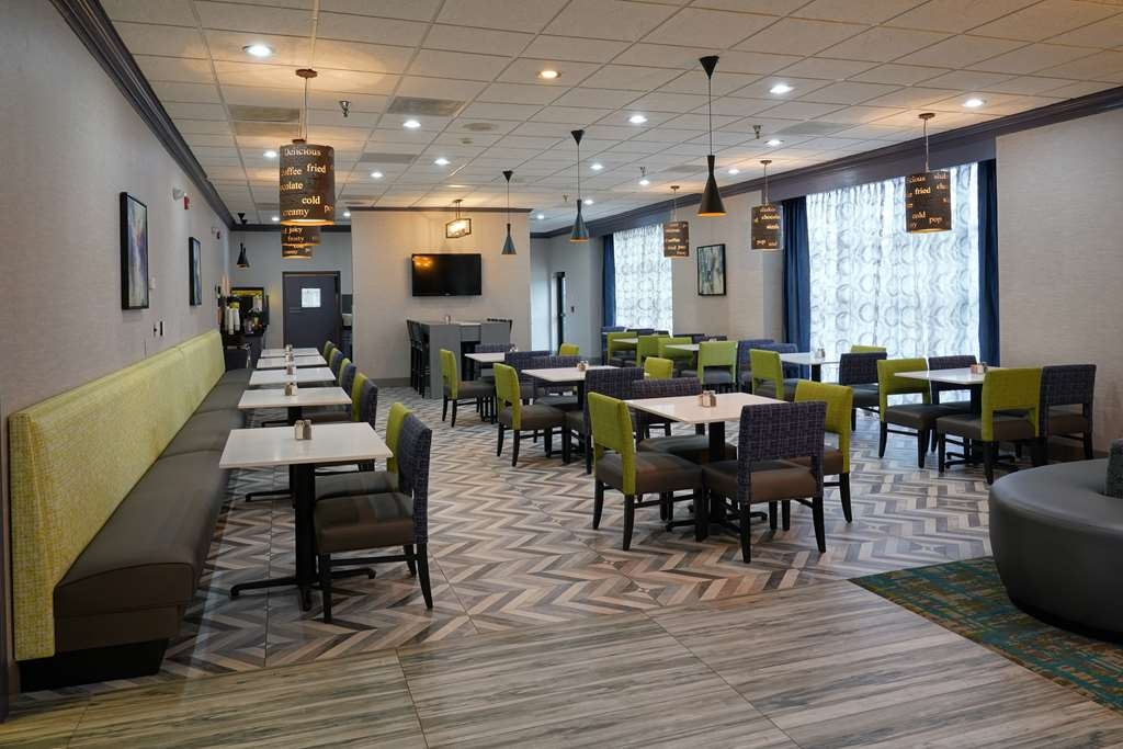 Best Western Plus Morristown Conference Center Hotel - Our newly renovated breakfast room.