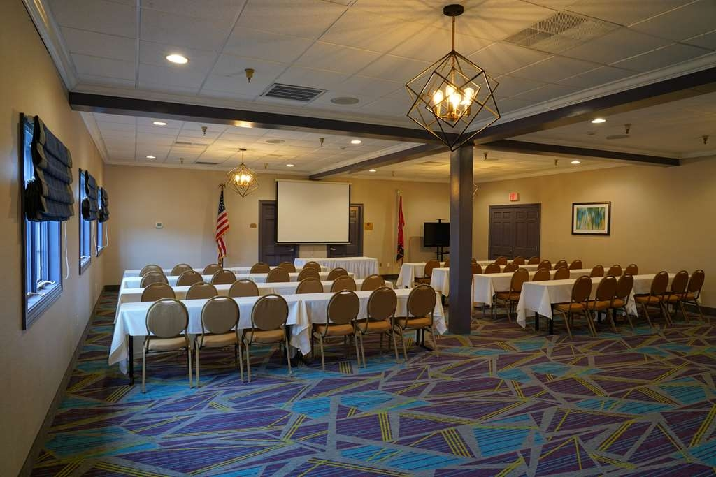 Best Western Plus Morristown Conference Center Hotel - The Cherokee Room can accommodate up to 80 persons.