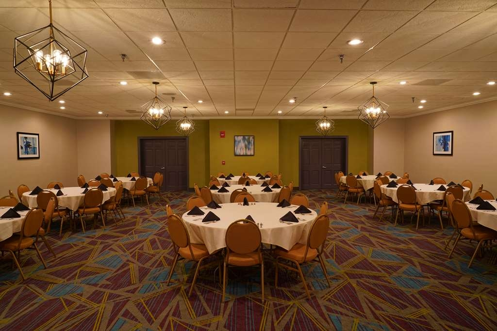 Best Western Plus Morristown Conference Center Hotel - The Oakwood Room is our largest banquet space.