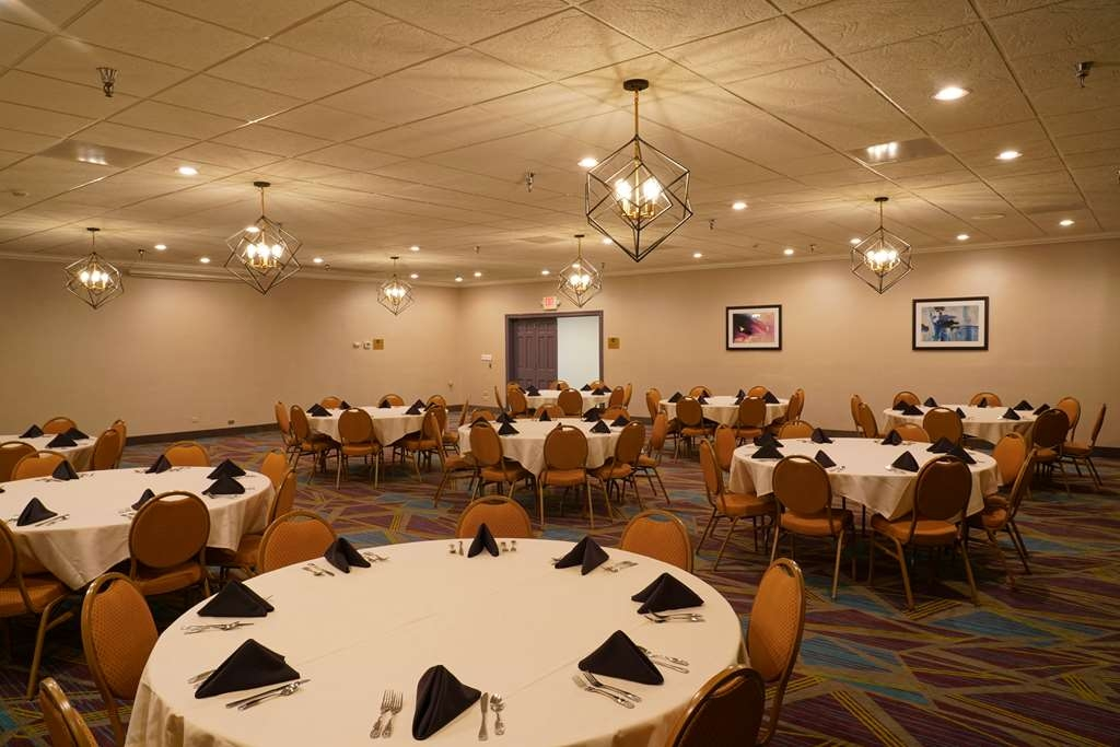 Best Western Plus Morristown Conference Center Hotel - Contact our sales department to schedule your event.