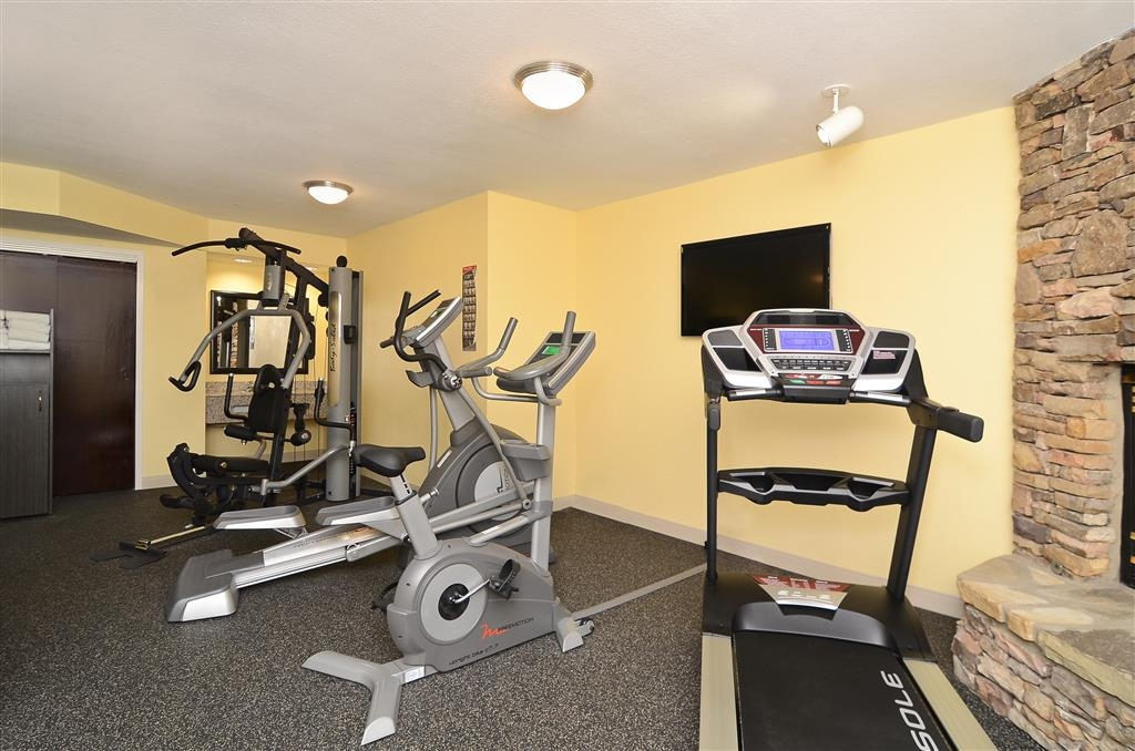 Best Western Cades Cove Inn - Fit a workout into your busy day during your stay with the convenience of our onsite fitness center.