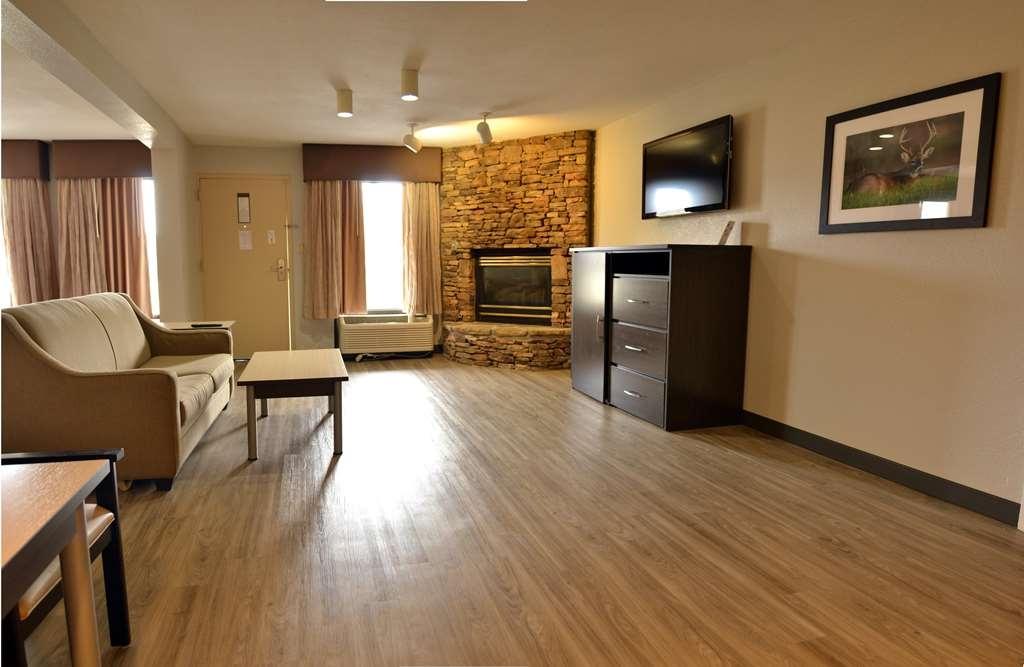 Best Western Cades Cove Inn - Suite