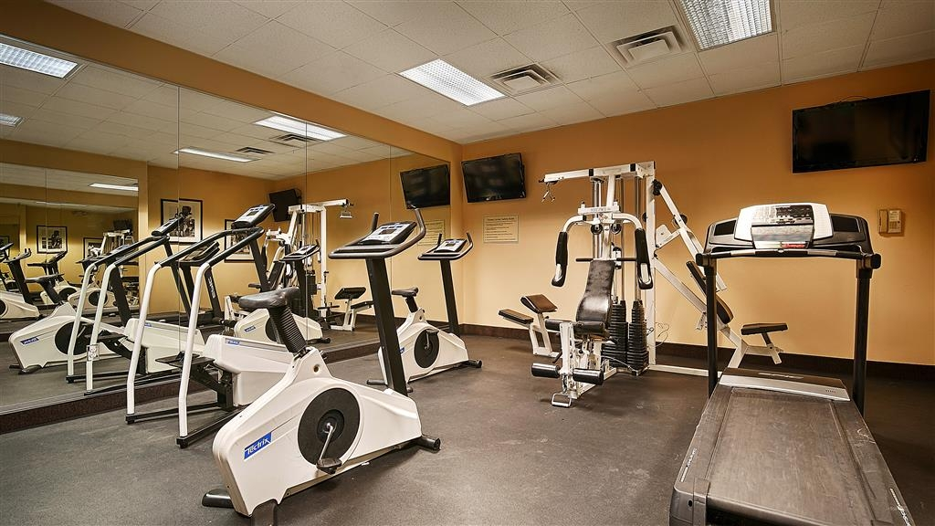 Best Western Plus Arbour Inn & Suites - exercise chambre
