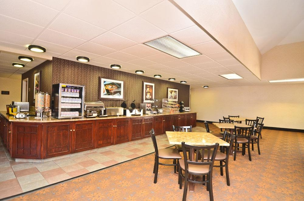 Best Western Plus Arbour Inn Suites