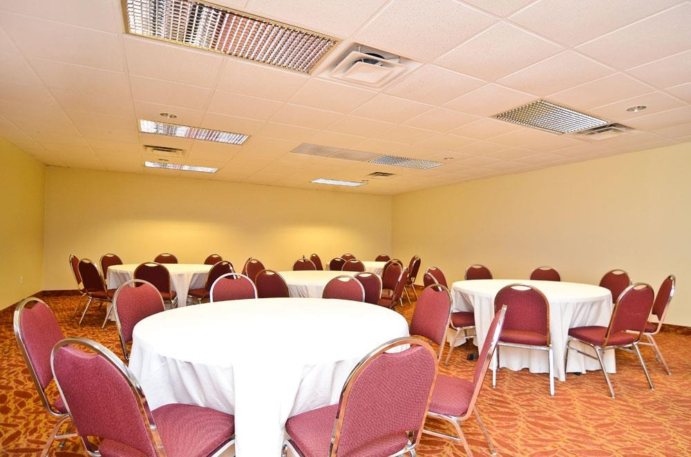 Best Western Plus Arbour Inn & Suites - Sala meeting