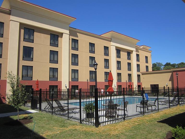 Hotel in Nashville | Best Western Plus Sunrise Inn