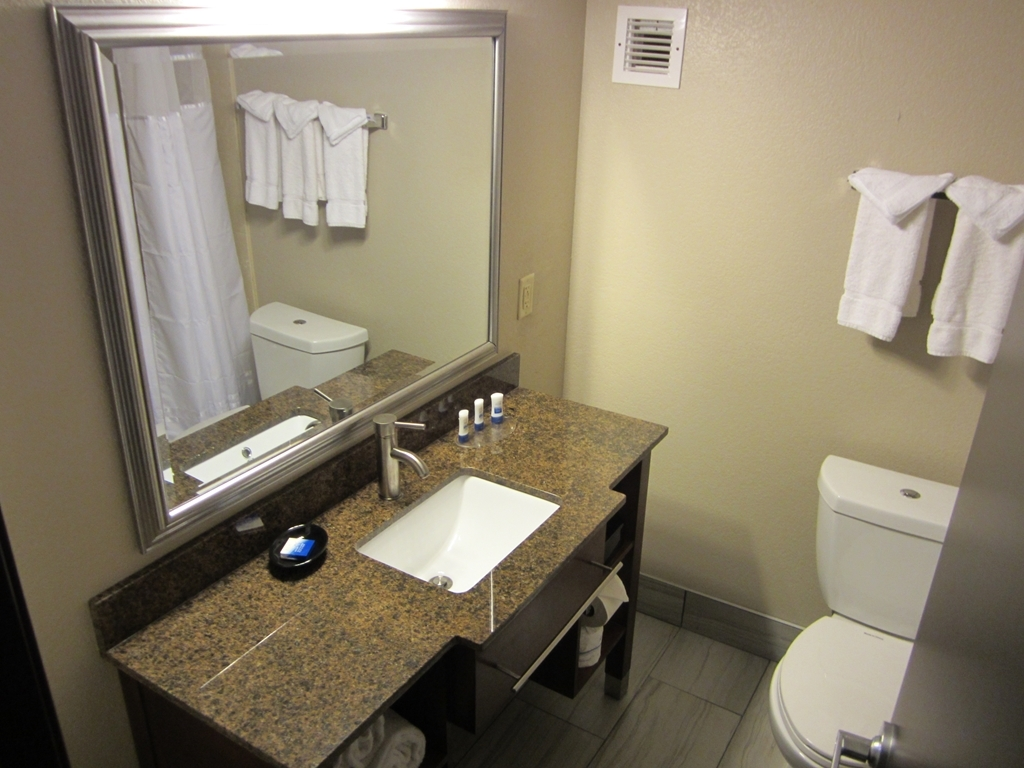Best Western Plus Sunrise Inn - Baño