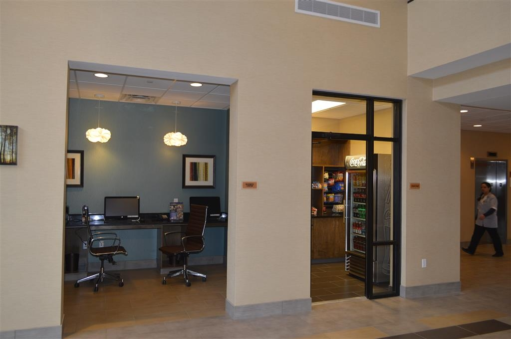 Best Western Plus Atrium Inn & Suites - Business Center and Snacks