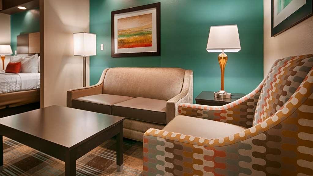 Best Western Plus Atrium Inn & Suites - Gästezimmer/ Unterkünfte