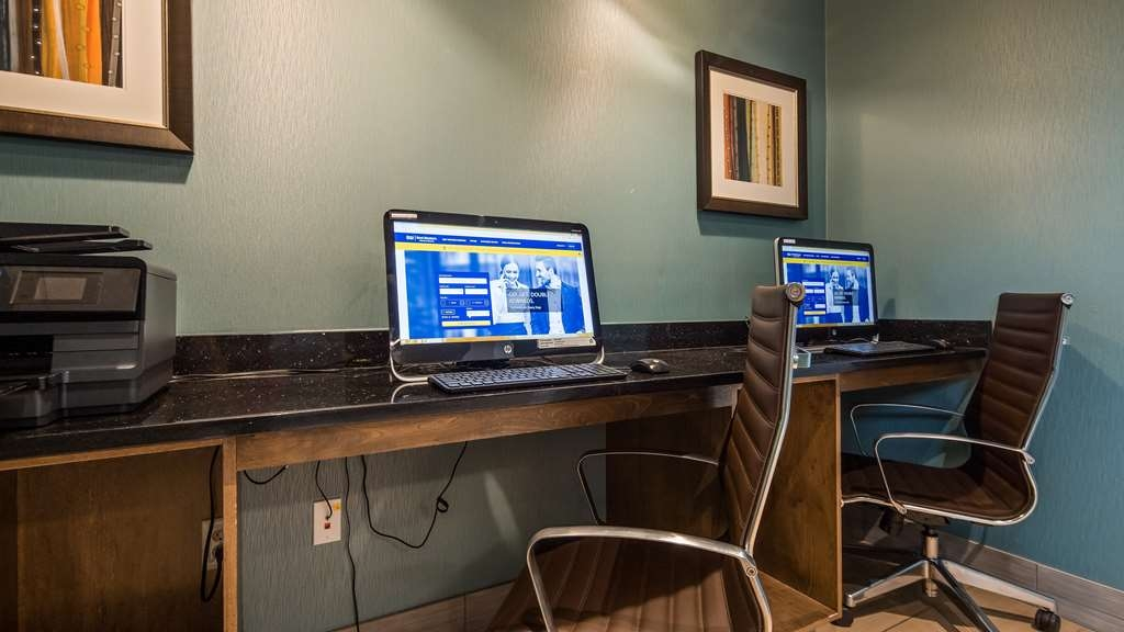 Best Western Plus Atrium Inn & Suites - Keep conencted with your loved ones in our business center