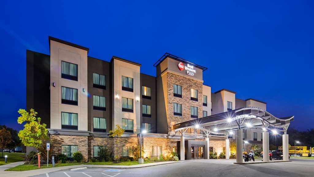 Best Western Plus Atrium Inn & Suites - Vista Exterior