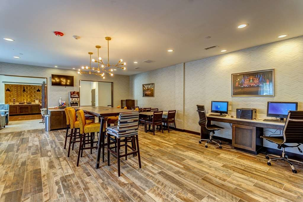 Best Western Plus Nashville Airport Hotel - Hall