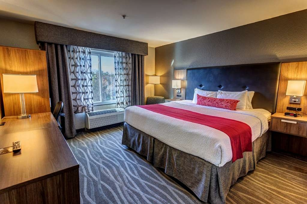 Best Western Plus Nashville Airport Hotel - King Guest Room