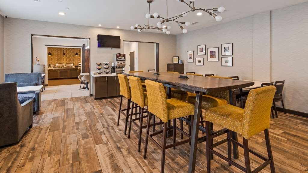 Best Western Plus Nashville Airport Hotel - Restaurante/Comedor