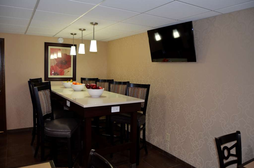 Best Western Kimball Inn - Breakfast Area