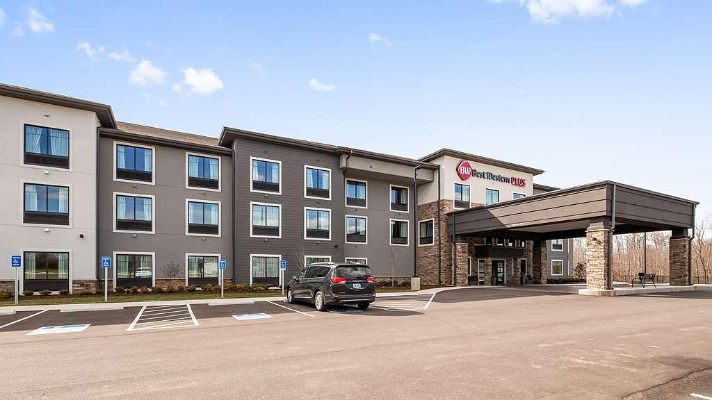 Best Western Plus Lawrenceburg - Vista exterior