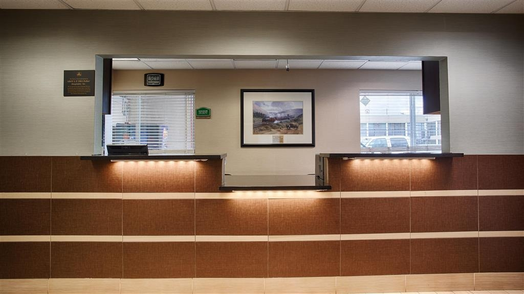 Best Western Nursanickel Hotel - Reception Desk