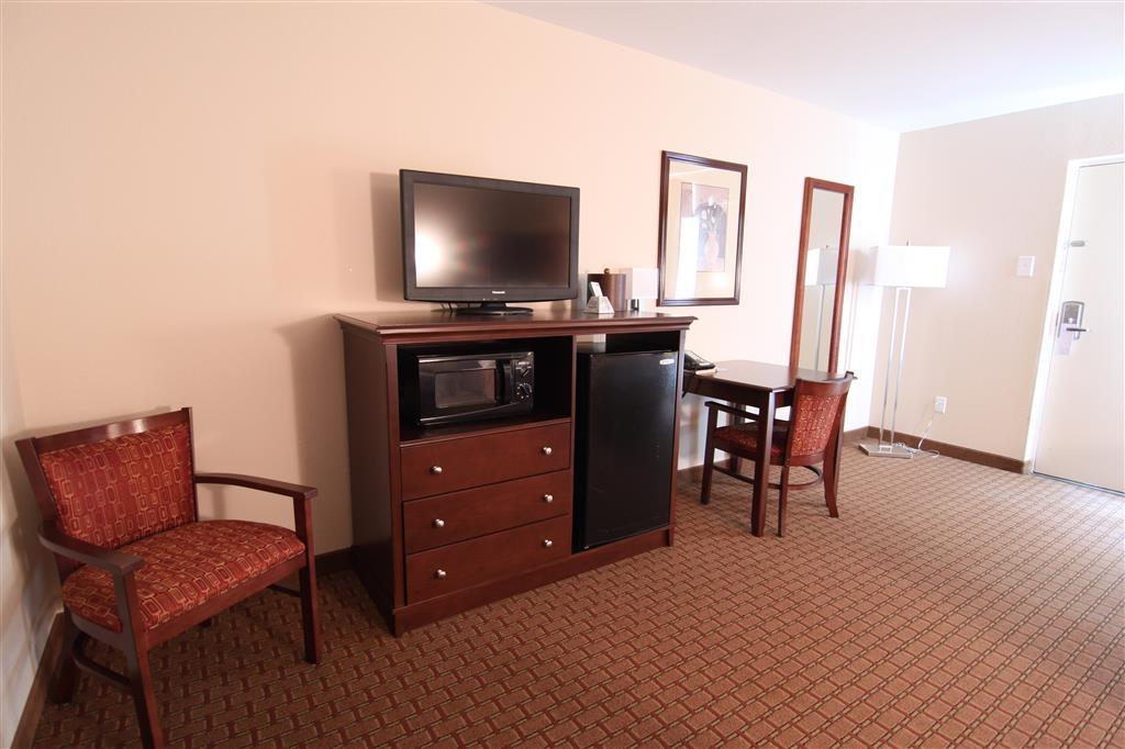 Best Western Canton Inn - Habitación con dos camas de matrimonio grandes