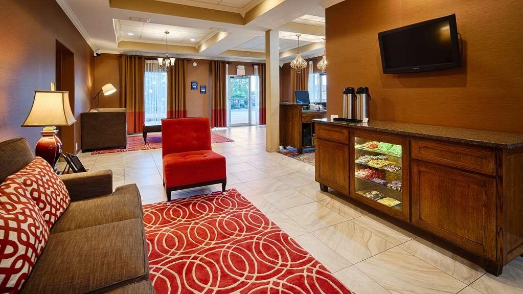 Best Western Canton Inn - Vista del vestíbulo