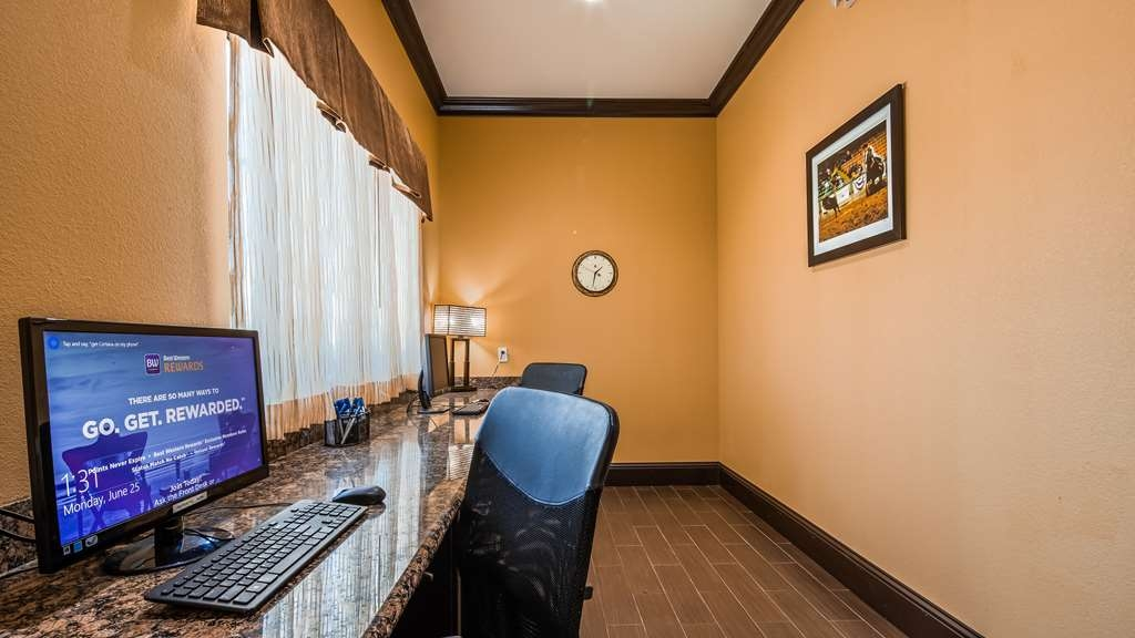 Best Western Trail Dust Inn & Suites - Business Center