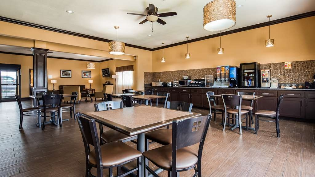 Best Western Trail Dust Inn & Suites - Breakfast Area