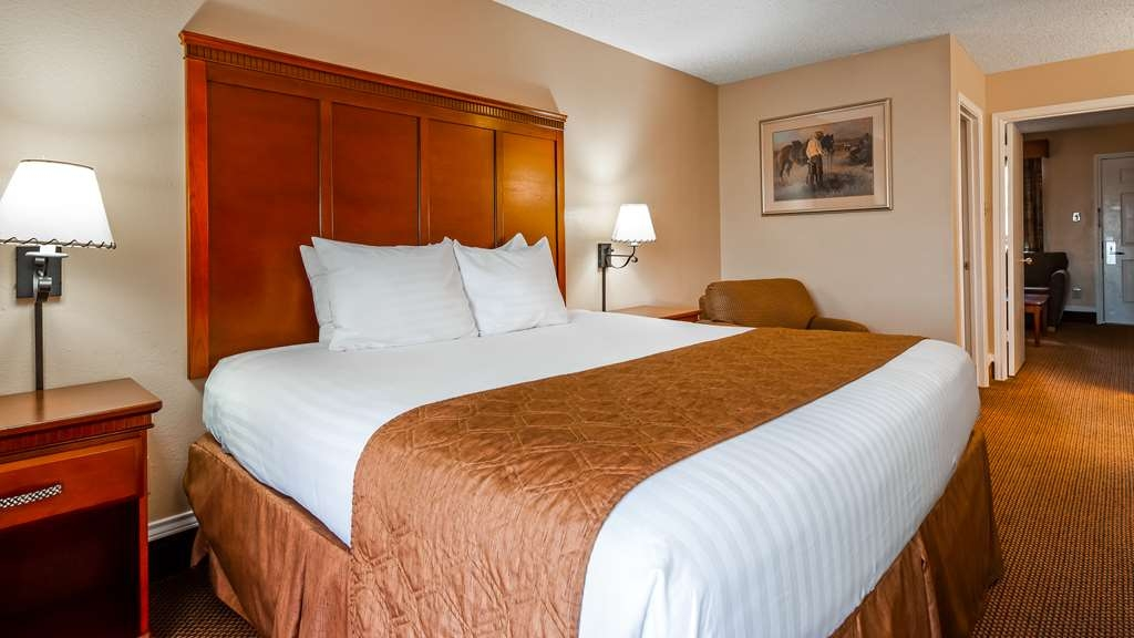 Best Western Trail Dust Inn & Suites - Guest Room
