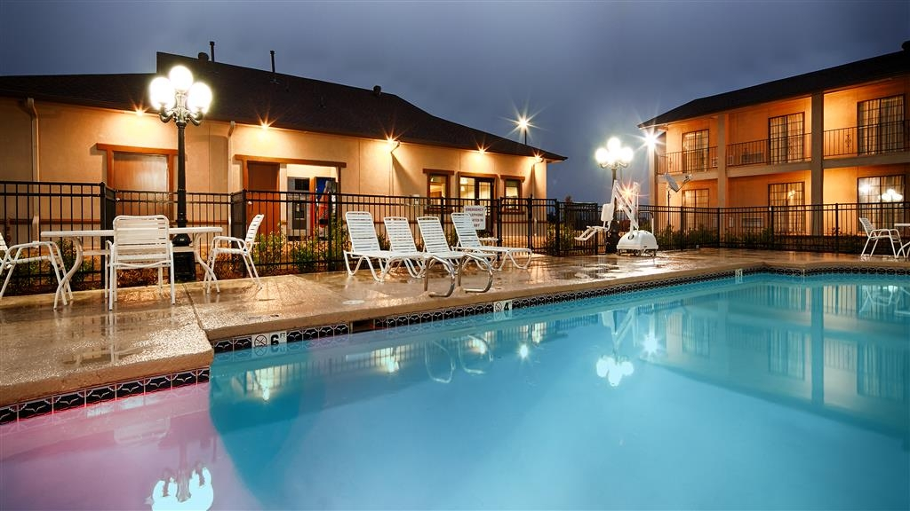 Best Western Trail Dust Inn & Suites - Swimmingpool