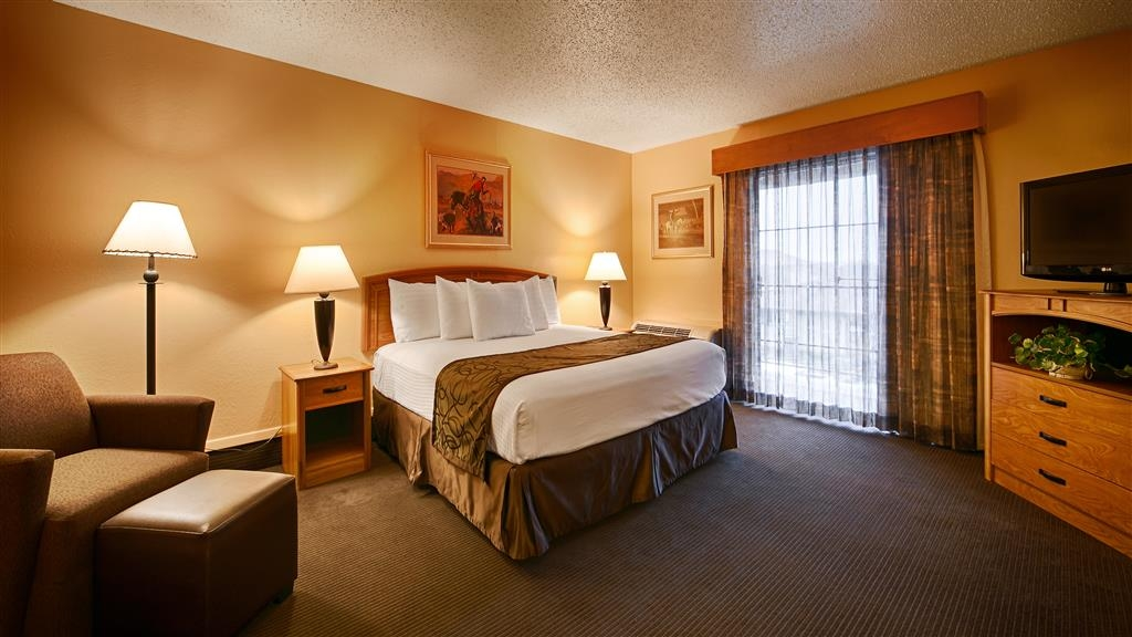 Best Western Trail Dust Inn & Suites - Gästezimmer