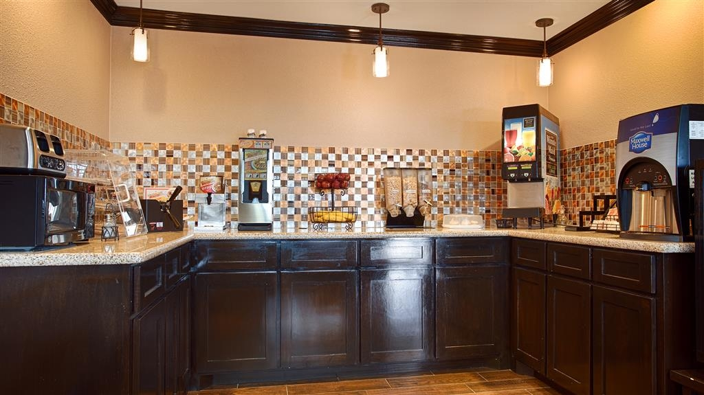 Best Western Decatur Inn - Our Breakfast Bar features a delicious hot breakfast daily, with a variety of cereals, fresh fruit, coffee, and juices.