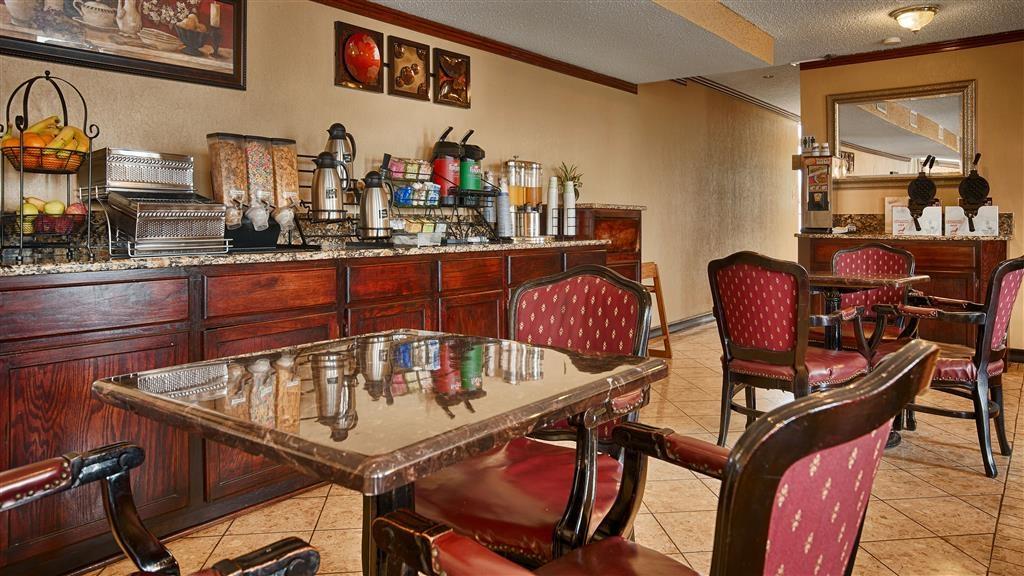 Best Western Inn of Del Rio - Zona de desayunos