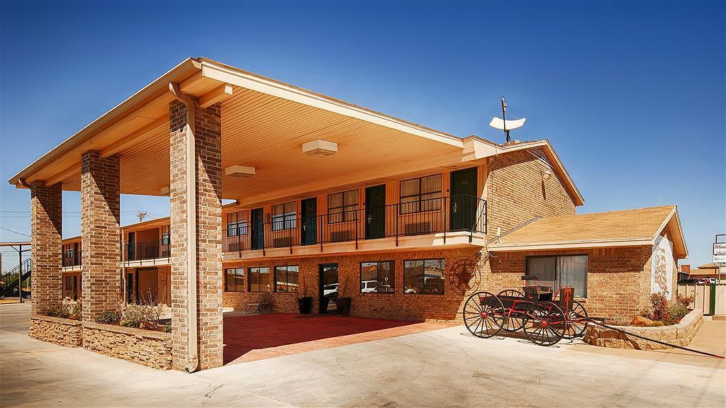 Best Western Caprock Inn - Aussenansicht