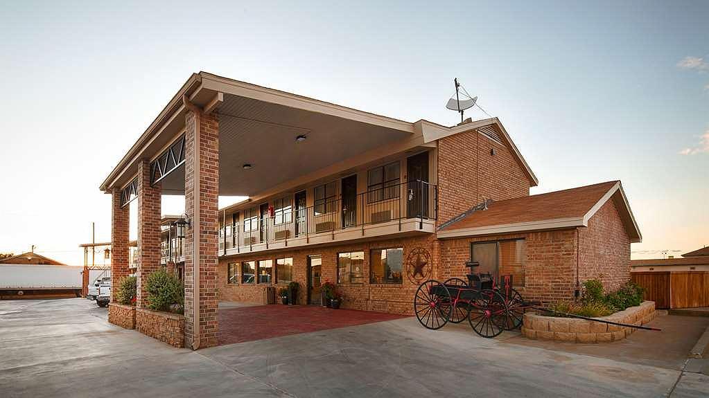 Best Western Caprock Inn - Façade