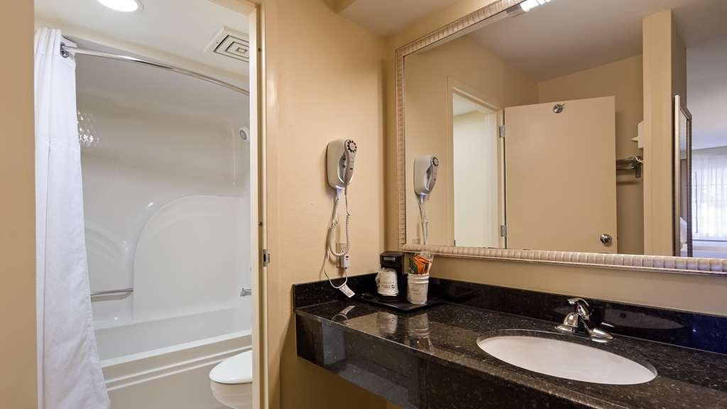 Best Western Rose Garden Inn & Suites - Habitaciones/Alojamientos