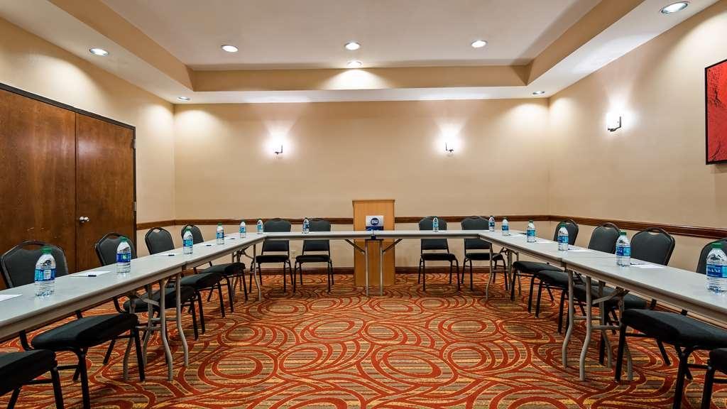 Best Western Rose Garden Inn & Suites - Sala de reuniones