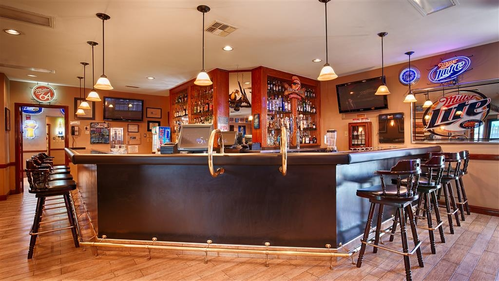 Best Western Rose Garden Inn & Suites - Restaurante