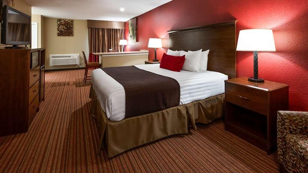 Best Western Plus Fiesta Inn - Suite