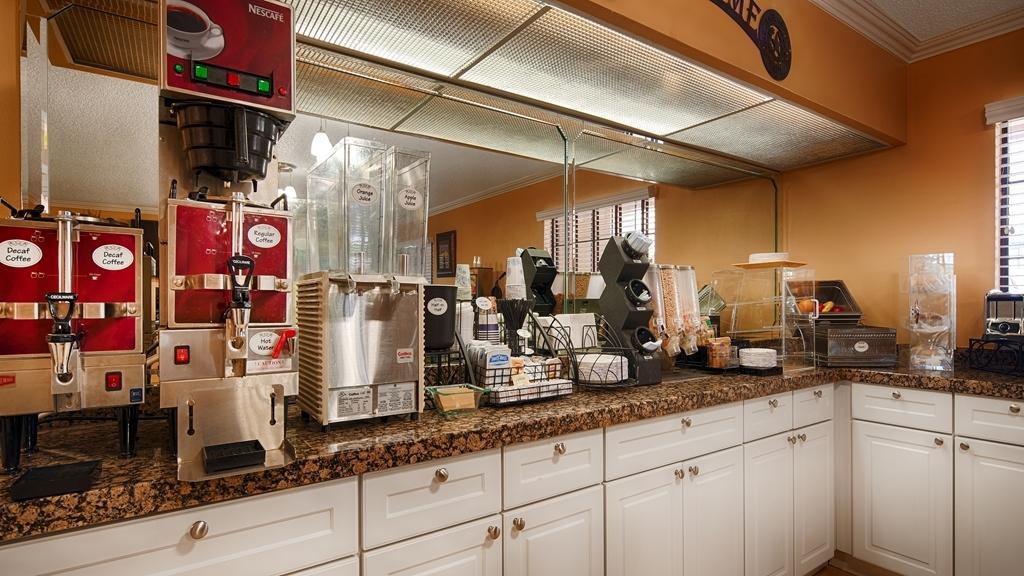 Best Western Brady Inn - Desayuno Buffet