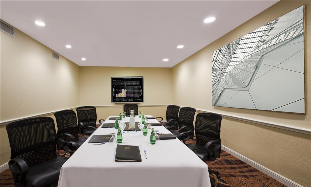 Best Western Westchase Mini-Suites - Salle de réunion