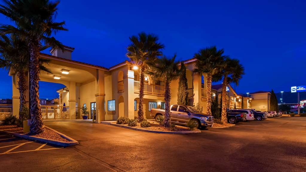 Best Western Sunland Park Inn - Façade
