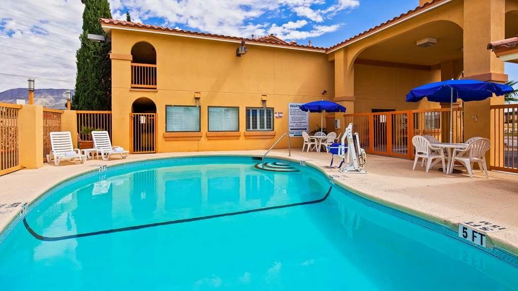 Best Western Sunland Park Inn - Vista de la piscina