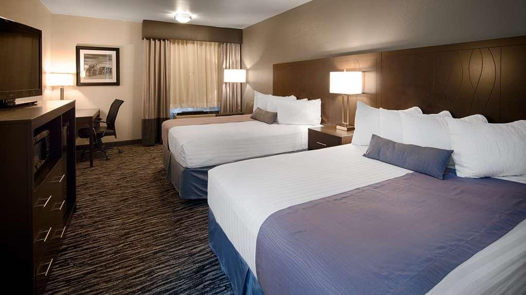 Best Western Santa Fe - Two Queen Guest Room