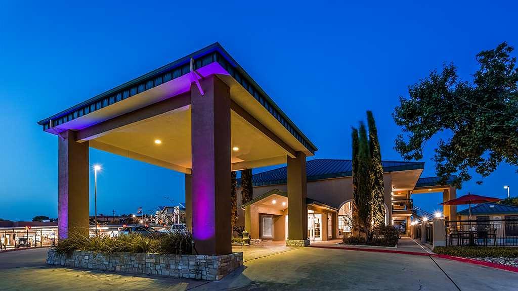 Best Western Marble Falls Inn - Vue extérieure