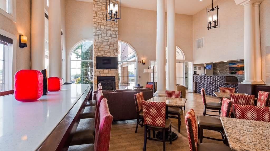 Best Western Marble Falls Inn - Vista del vestíbulo