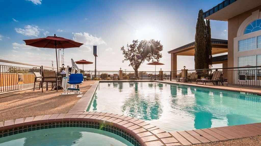 Best Western Marble Falls Inn - Vista de la piscina